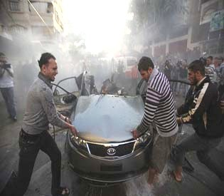 human rights observers israeli jets hits targets of hamas base in Gaza