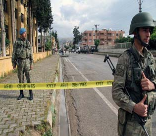 human rights observers 9 detained in connection with car bombings in Turkey arab uprising 1