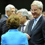 Amid disunity, EU announces Lifting of Syrian arms embargo