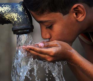 human rights observers - Dry by 2020  india faces crippling water crisis intl. news 1