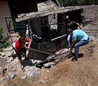 human rights observers - Lebanese Hezbollah attacks in Syria draw response arab uprising1