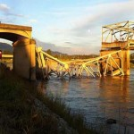 Major highway Bridge collapses in Washington State