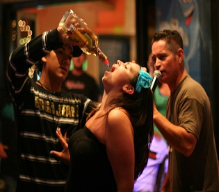 human rights observers - More Booze in Movies could influence teen drinking health and fitness