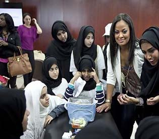 human rights observers - Abu Dhabi students call for strong child protection law intl. news1
