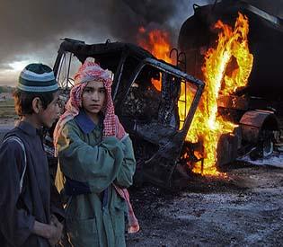 human rights observers - Militants attack NATO convoy in Pakistan kill 4 intl. news1