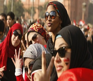 human rights obsevers-Woman gives birth to a baby girl in Egypt's tahrir square arab uprising1