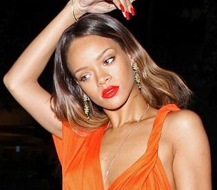 hromedia Pop singer Rihanna wins legal battle over Topshop T-shirts intl. news1