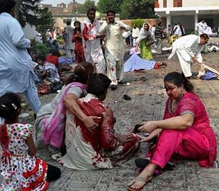 hromedia-Attack on Pakistani church kills over 60 people