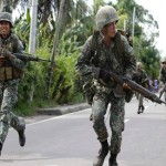 Filipino rebels hold hostages as human shields