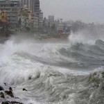 Cyclone Phailin in India weakens after causing damage