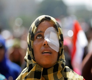 hromedia Egypt Morsi Supporters Protest in Cairo but Avoid Tahrir Square arab uprising2