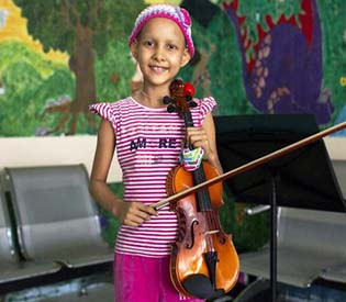 hromedia - In Venezuela, music eases pain of kids with cancer