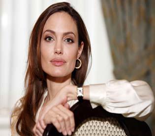 hromedia - Jolie to direct film in Australia
