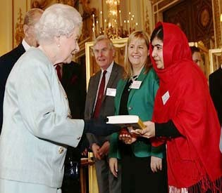 hromedia - Malala skips school to meet Queen Elizabeth II