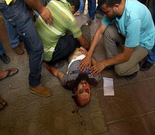 hromedia One killed as Egypt clashes spread arab uprising2