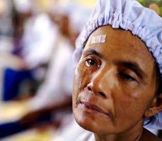 hromedia - Veil of darkness lifts for Myanmar's blind