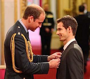 hromedia - Wimbledon champion Murray receives royal honor