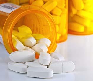 pain killer, FDA Urges Tighter Controls on Certain Prescription Painkillers