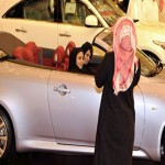 Saudi men quietly help campaign for women to drive