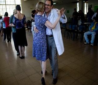 hromedia Argentines teach tango inside mental hospital intl. news2