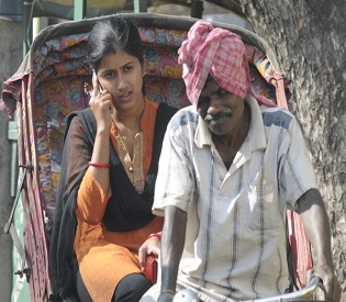 hromedia India village bans mobiles for unwed girls intl. news4
