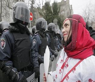 hromedia Ukraine Pro-Europe protesters remain on streets of Kyiv eu news2