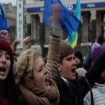 Ukrainian Riot Police Withdraw After Overnight Move on Protesters