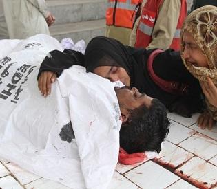 hromedia Six men found with throats cut at Pakistan shrine intl. news2