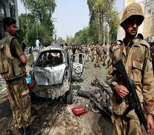 hromedia pakistan convoy blast kills 20 soldiers intl. news1