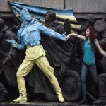 Ukraine sets European course in wake of Yanukovich ouster