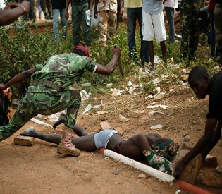 hromedia Central African Republic soldiers join chaotic violence intl. news2