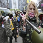 Ukrainian protesters end occupation of Kiev's city hall