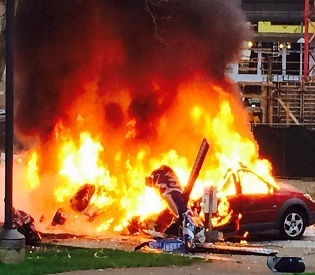 hromedia Helicopter crashes in Seattle, at least 2 dead intl. news2