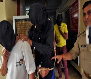 hromedia India's Supreme Court grants stay for two Delhi gang-rape convicts intl. news2