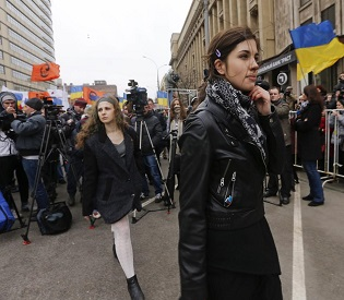 hromedia Thousand march in Moscow against Russian 'occupation' of Crimea eu news2