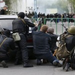 Ukraine: Despite sanctions pro-Russians seize second provincial capital, clash with police