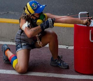 hromedia Venezuela tear gas, live ammunition fired at protesters intl. news4