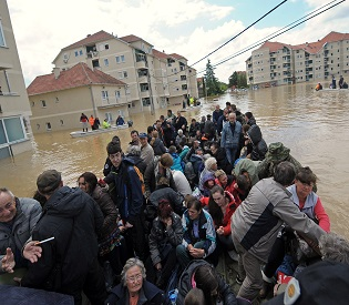 hromedia Floods, Landslides leave '1.5 million people' homeless in Bosnia eu news2
