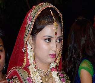 hromedia Indian Bride shot dead on her wedding stage by 'pining' Cousin intl. news2