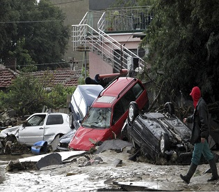 hromedia Bulgaria declares national mourning as death toll in Varna floods rises to 13 eu news2