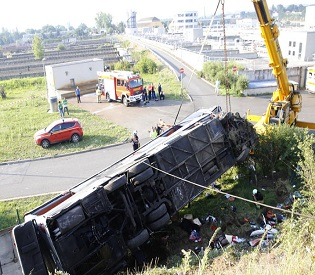 hromedia At least 9 killed, 43 injured in multiple bus crash in Germany eu news3