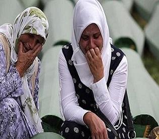 hromedia Bosnian mom finally buries 2 sons 19 years after Srebrenica massacre eu news4