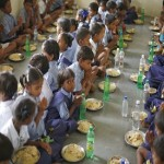 India: Dead snake found in mid-day meal in Bihar, 54 children taken ill