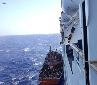 hromedia 345 rescued 'Syrian refugees' refuse to leave Cypriot cruise ship eu news2
