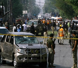hromedia Five killed in Peshawar blast, suicide bomber targets senior army officer intl. news3