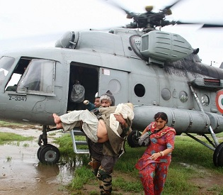 hromedia Kashmir floods Toll touches 200, phones down, roads submerged; Massive rescue operations on intl. news3