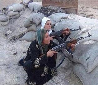 hromedia Kobane Families take up arms in last, desperate stand in key border town arab uprising3