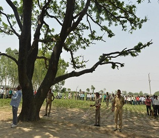 hromedia Indian hanged girls committed suicide, not gang-raped, says CBI intl. news2