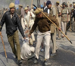 hromedia Police arrest wanted Indian guru, after days of clashes intl. news2