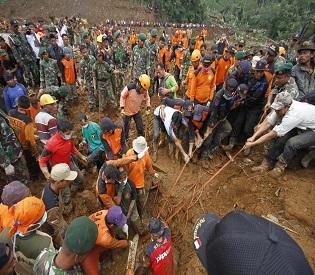 hromedia Landslide in Indonesia destroys village, killing 32-with 100 still missing intl. news2